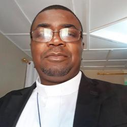 Père Donatien MABEMPA